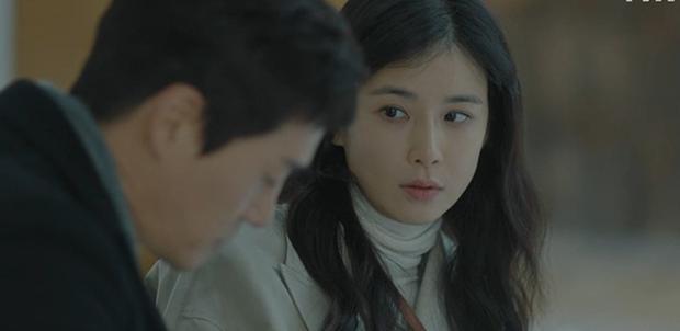Bất chấp diễn xuất ăn tiền của Lee Bo Young, Khi Tình Yêu Nở Rộ vẫn mất điểm với khán giả vì hai lý do này - Ảnh 3.