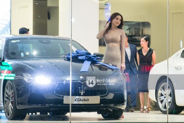 Khối tài sản của hội mỹ nhân Vbiz sinh con năm Chuột vàng: Ở nhà sang đi xế xịn, choáng nhất nữ idol chi 21 tỷ mua trang sức - Ảnh 5.
