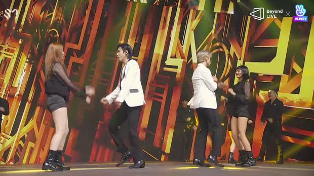 TVXQ! nói Xin chào fan Việt, biểu diễn cực sung tại concert online với loạt sân khấu đã mắt; được hậu bối NCT Dream giao nhiệm vụ đầy ý nghĩa - Ảnh 14.