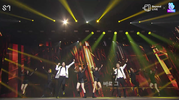 TVXQ! nói Xin chào fan Việt, biểu diễn cực sung tại concert online với loạt sân khấu đã mắt; được hậu bối NCT Dream giao nhiệm vụ đầy ý nghĩa - Ảnh 15.