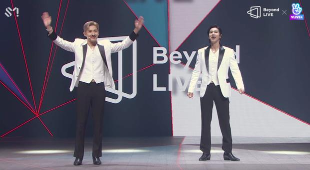 TVXQ! nói Xin chào fan Việt, biểu diễn cực sung tại concert online với loạt sân khấu đã mắt; được hậu bối NCT Dream giao nhiệm vụ đầy ý nghĩa - Ảnh 19.
