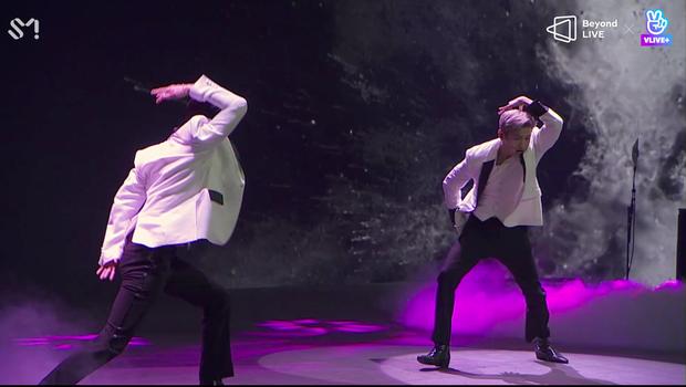 TVXQ! nói Xin chào fan Việt, biểu diễn cực sung tại concert online với loạt sân khấu đã mắt; được hậu bối NCT Dream giao nhiệm vụ đầy ý nghĩa - Ảnh 28.