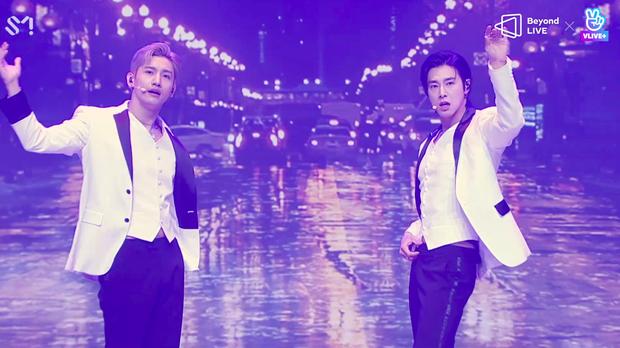 TVXQ! nói Xin chào fan Việt, biểu diễn cực sung tại concert online với loạt sân khấu đã mắt; được hậu bối NCT Dream giao nhiệm vụ đầy ý nghĩa - Ảnh 46.