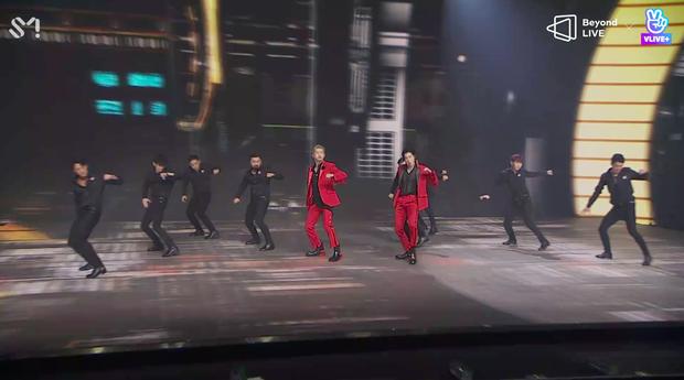 TVXQ! nói Xin chào fan Việt, biểu diễn cực sung tại concert online với loạt sân khấu đã mắt; được hậu bối NCT Dream giao nhiệm vụ đầy ý nghĩa - Ảnh 51.