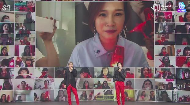 TVXQ! nói Xin chào fan Việt, biểu diễn cực sung tại concert online với loạt sân khấu đã mắt; được hậu bối NCT Dream giao nhiệm vụ đầy ý nghĩa - Ảnh 64.