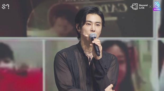 TVXQ! nói Xin chào fan Việt, biểu diễn cực sung tại concert online với loạt sân khấu đã mắt; được hậu bối NCT Dream giao nhiệm vụ đầy ý nghĩa - Ảnh 66.