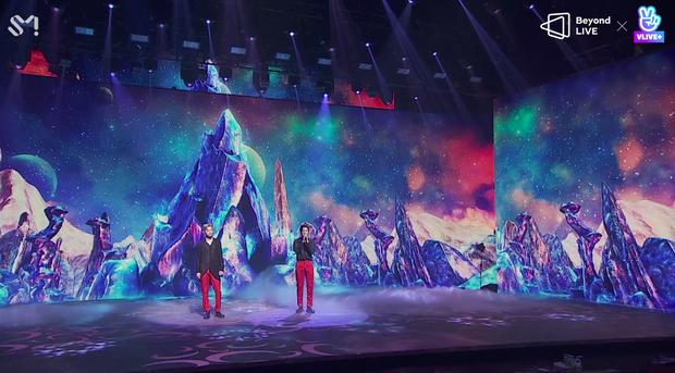 TVXQ! nói Xin chào fan Việt, biểu diễn cực sung tại concert online với loạt sân khấu đã mắt; được hậu bối NCT Dream giao nhiệm vụ đầy ý nghĩa - Ảnh 73.