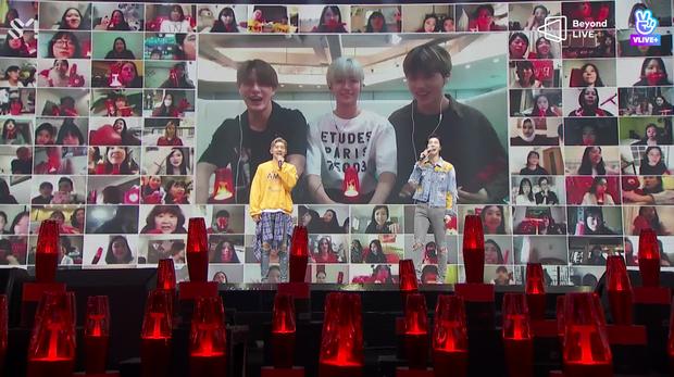 TVXQ! nói Xin chào fan Việt, biểu diễn cực sung tại concert online với loạt sân khấu đã mắt; được hậu bối NCT Dream giao nhiệm vụ đầy ý nghĩa - Ảnh 104.