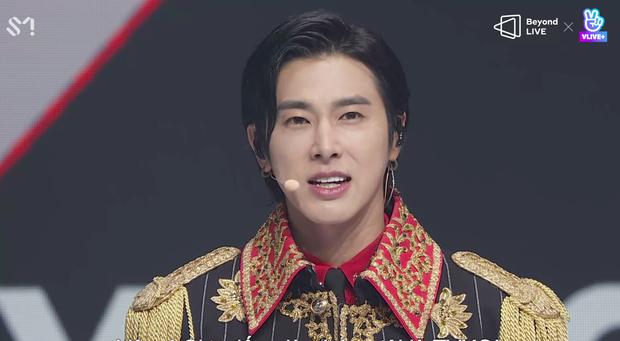 TVXQ! nói Xin chào fan Việt, biểu diễn cực sung tại concert online với loạt sân khấu đã mắt; được hậu bối NCT Dream giao nhiệm vụ đầy ý nghĩa - Ảnh 123.