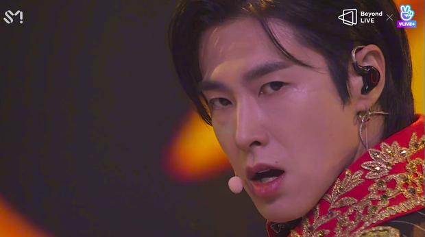 TVXQ! nói Xin chào fan Việt, biểu diễn cực sung tại concert online với loạt sân khấu đã mắt; được hậu bối NCT Dream giao nhiệm vụ đầy ý nghĩa - Ảnh 125.