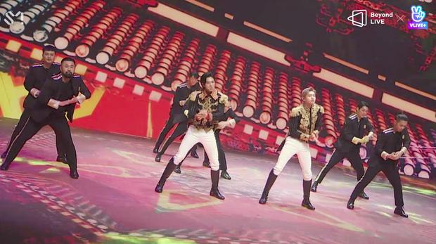 TVXQ! nói Xin chào fan Việt, biểu diễn cực sung tại concert online với loạt sân khấu đã mắt; được hậu bối NCT Dream giao nhiệm vụ đầy ý nghĩa - Ảnh 129.