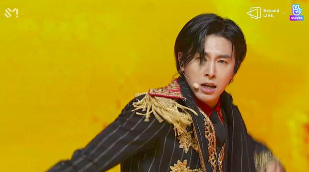 TVXQ! nói Xin chào fan Việt, biểu diễn cực sung tại concert online với loạt sân khấu đã mắt; được hậu bối NCT Dream giao nhiệm vụ đầy ý nghĩa - Ảnh 135.