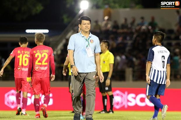 Giảng viên châu Á đầu tiên của bóng đá Việt Nam chỉ ra điều Cúp Quốc gia phải cải thiện gấp nếu vẫn muốn có tiền tài trợ - Ảnh 1.