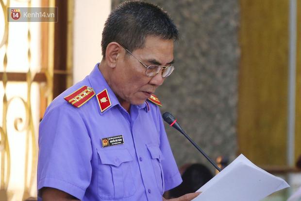 Hai người nhận hơn 2 tỷ đồng để nâng điểm kỳ thi THPT quốc gia ở Sơn La bị đề nghị 23-25 năm tù - Ảnh 2.