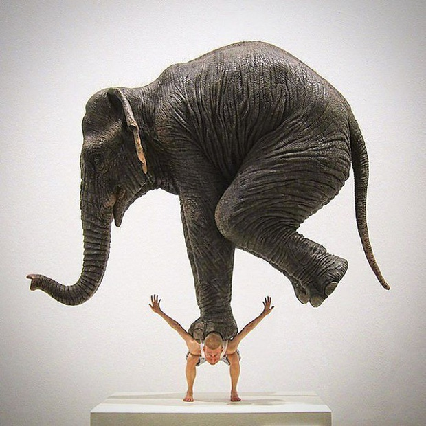 Những bức tượng kỳ dị thách thức tất cả các quy luật vật lý, khiến người ta càng nhìn càng xuýt xoa và sợ hãi - Ảnh 11.