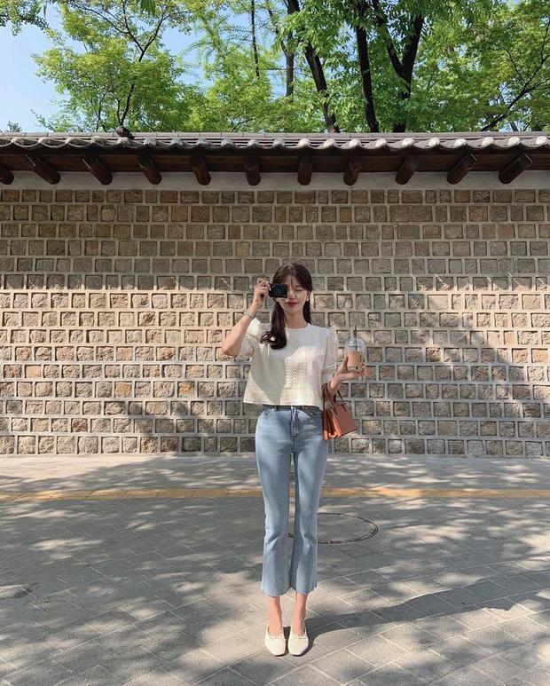 Học Seulgi, HuynA và Jisoo cách diện quần jeans giúp hack dáng hiệu quả, thậm chí là kéo chân dài tới nách - Ảnh 11.