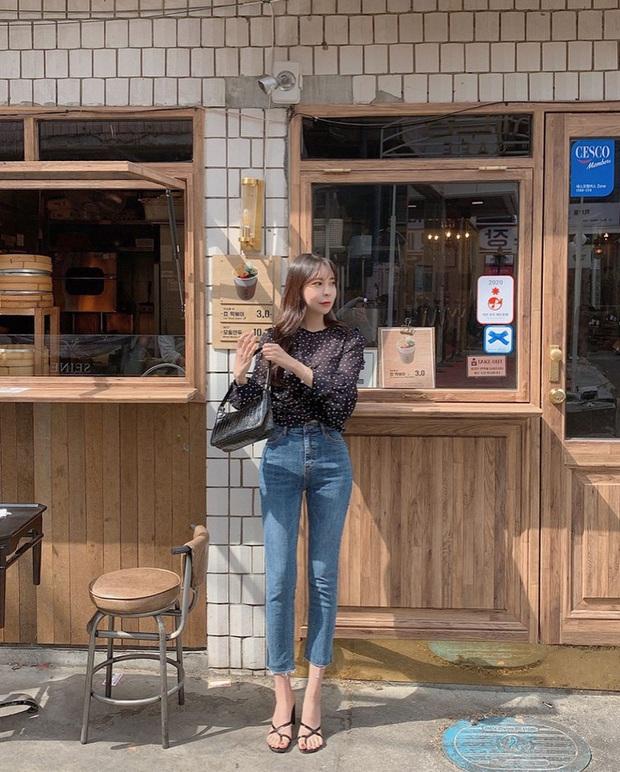 Học Seulgi, HuynA và Jisoo cách diện quần jeans giúp hack dáng hiệu quả, thậm chí là kéo chân dài tới nách - Ảnh 7.