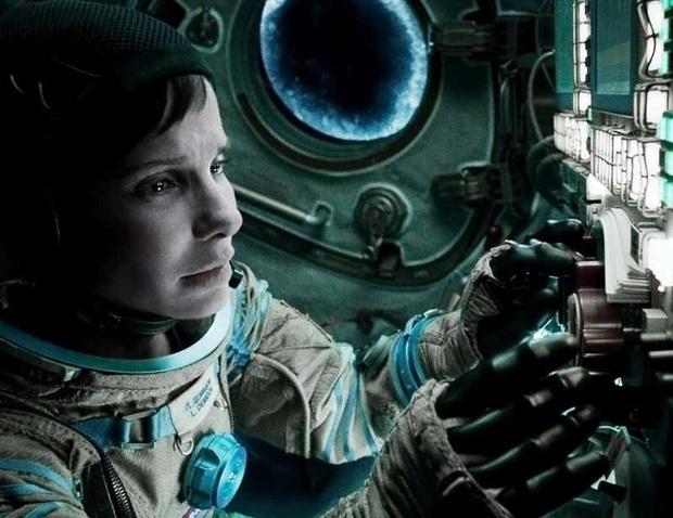 13 phim sinh tồn chứng minh sức sống mạnh mẽ của con người: Từ lạc giữa biển khơi, vật nhau với hổ đến kẹt trên Sao Hỏa - Ảnh 8.