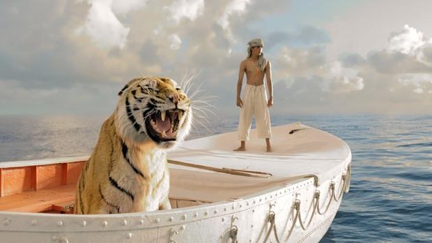 13 phim sinh tồn chứng minh sức sống mạnh mẽ của con người: Từ lạc giữa biển khơi, vật nhau với hổ đến kẹt trên Sao Hỏa - Ảnh 11.