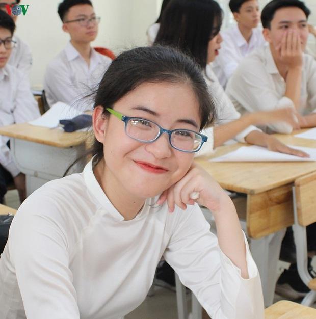 Trường thành viên của ĐH Quốc gia TPHCM tạm dừng thi đánh giá năng lực - Ảnh 1.
