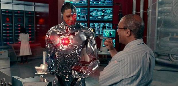 """7 khác biệt lớn nhất phiên bản JUSTICE LEAGUE của Zack Snyder so với bản chiếu rạp: Superman vốn dĩ là ác nhân, """"trùm cuối"""" thực sự sẽ lộ diện?  - Ảnh 2."""