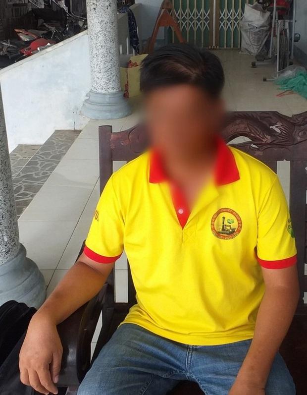 Nam điều dưỡng bị tố dâm ô nữ bệnh nhân 15 tuổi bị bắt tạm giam - Ảnh 2.