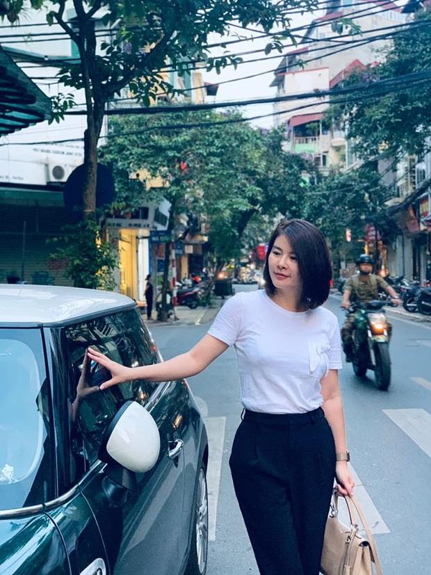 Màn lột xác của Hồng Diễm còn chưa là gì so với Kim Oanh: Style bị dìm quá thể đáng khi lên hình, ngoài đời lại trẻ trung hết sảy - Ảnh 3.