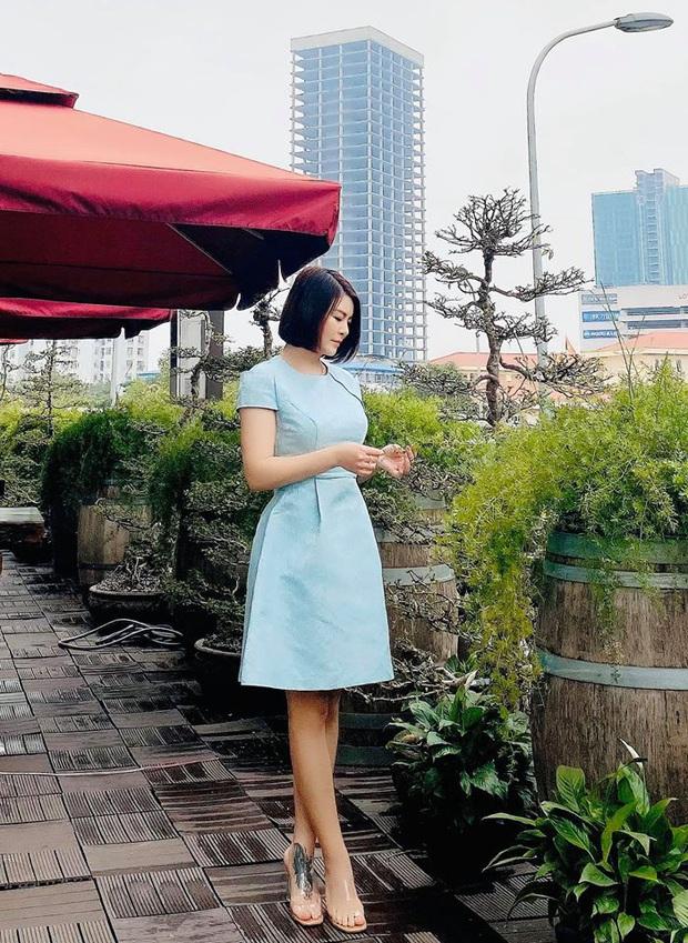 Màn lột xác của Hồng Diễm còn chưa là gì so với Kim Oanh: Style bị dìm quá thể đáng khi lên hình, ngoài đời lại trẻ trung hết sảy - Ảnh 7.