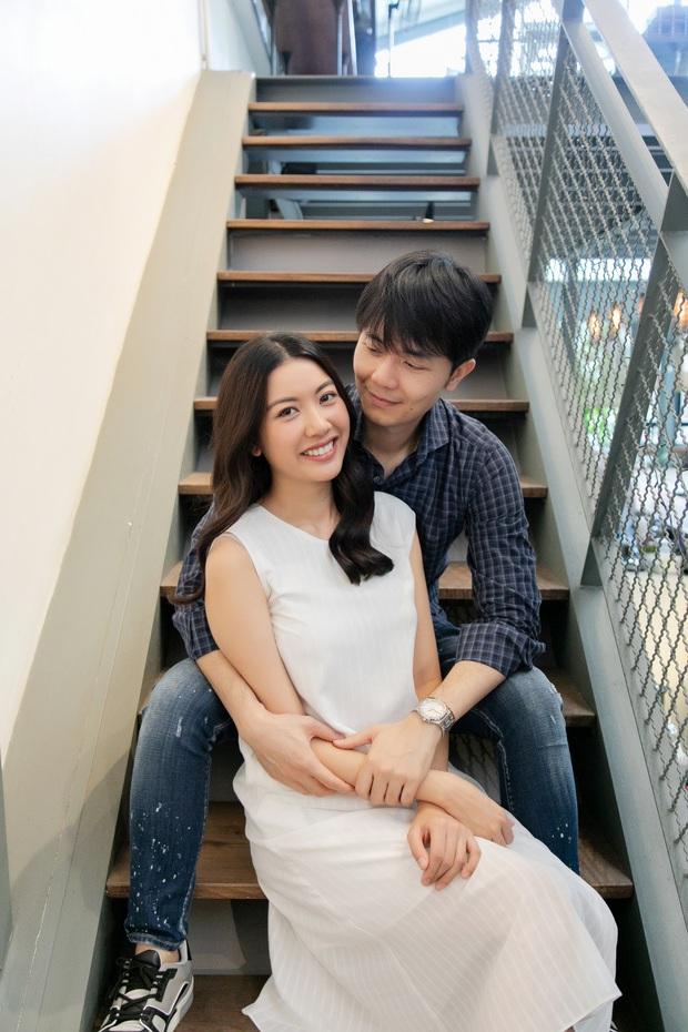 Thúy Vân cùng ông xã đi đăng ký kết hôn, đã hoàn thành những công đoạn chuẩn bị cho đám cưới - Ảnh 4.