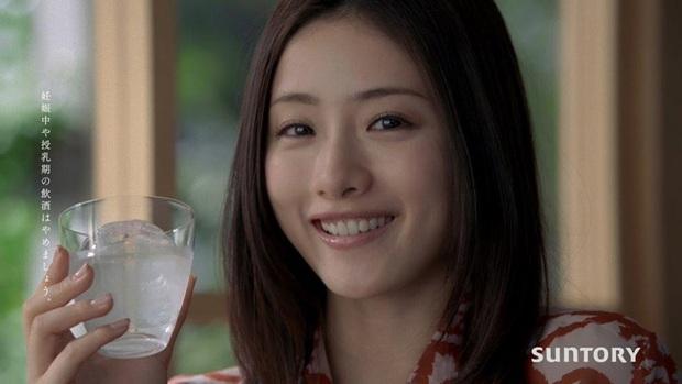 Nàng Kim Tae Hee nước Nhật luôn nhai 30 lần trước khi nuốt, trung thành với 3 loại thực phẩm để giảm từ 62kg xuống 45kg - Ảnh 8.