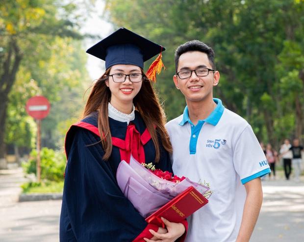 Con gái học Kỹ thuật xuất sắc thế này đây: Thủ khoa đầu ra ĐH Bách khoa, 5 năm nhận học bổng tài năng, bắn như gió 3 ngoại ngữ - Ảnh 4.