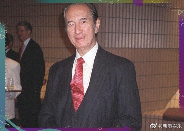 Bài đăng đầu tiên của gia tộc Macau báo tin buồn trùm sòng bạc sở hữu 1,5 triệu tỷ đồng qua đời ngày hôm nay - Ảnh 2.