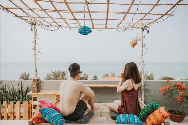 Khắp Việt Nam có những homestay chỉ cần mở cửa ra là thấy biển ngay trước mặt, xinh đến nỗi ai cũng ngỡ chỉ có trong phim - Ảnh 27.