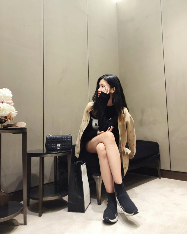 Tiểu thư mới nổi của hội rich kid Việt: Siêu xe và hàng hiệu không thiếu, cao 1m73 chân dài như người mẫu - Ảnh 8.