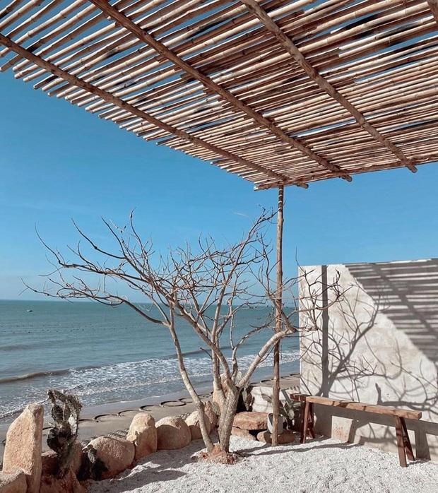 Khắp Việt Nam có những homestay chỉ cần mở cửa ra là thấy biển ngay trước mặt, xinh đến nỗi ai cũng ngỡ chỉ có trong phim - Ảnh 11.
