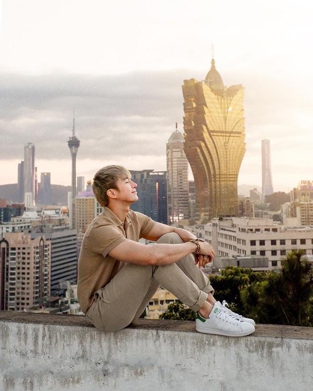 """Cận cảnh công trình để đời nhất của """"ông trùm"""" sòng bạc Macau vừa qua đời: Toà nhà hình búp sen vàng khổng lồ, hình check-in ngập tràn MXH - Ảnh 6."""