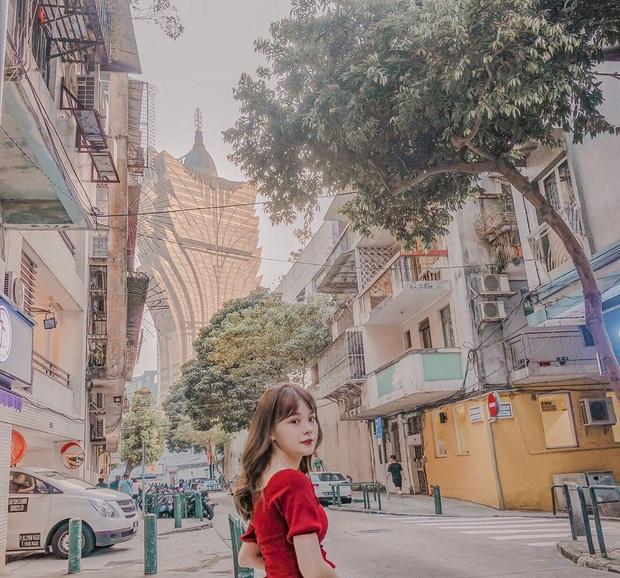 """Cận cảnh công trình để đời nhất của """"ông trùm"""" sòng bạc Macau vừa qua đời: Toà nhà hình búp sen vàng khổng lồ, hình check-in ngập tràn MXH - Ảnh 23."""