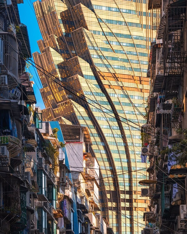 """Cận cảnh công trình để đời nhất của """"ông trùm"""" sòng bạc Macau vừa qua đời: Toà nhà hình búp sen vàng khổng lồ, hình check-in ngập tràn MXH - Ảnh 16."""