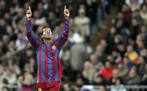 Tiết lộ lý do thực sự khiến Ronaldinho bị tống khỏi Barca, nguyên nhân chính liên quan tới Messi - Ảnh 1.