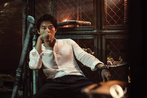 5 ông trùm xã hội đen khuynh đảo điện ảnh Hàn: Từ trùm đa cấp tỉ đô Lee Byung Hun tới tay buôn vũ khí khét tiếng Hyun Bin đều có đủ - Ảnh 9.