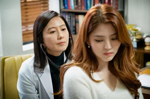 Han So Hee phân trần làm tiểu tam khó nhằn ở Thế Giới Hôn Nhân: Lo lắng nhất là khi phải đánh thẳng đầu bà cả Kim Hee Ae - Ảnh 2.