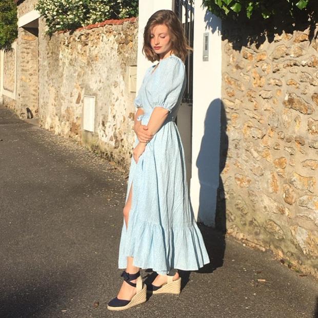 4 mẫu giày dép mùa Hè được lòng phụ nữ Pháp nhất vì diện thế nào cũng tinh tế và đẹp xinh khỏi nghĩ - Ảnh 12.