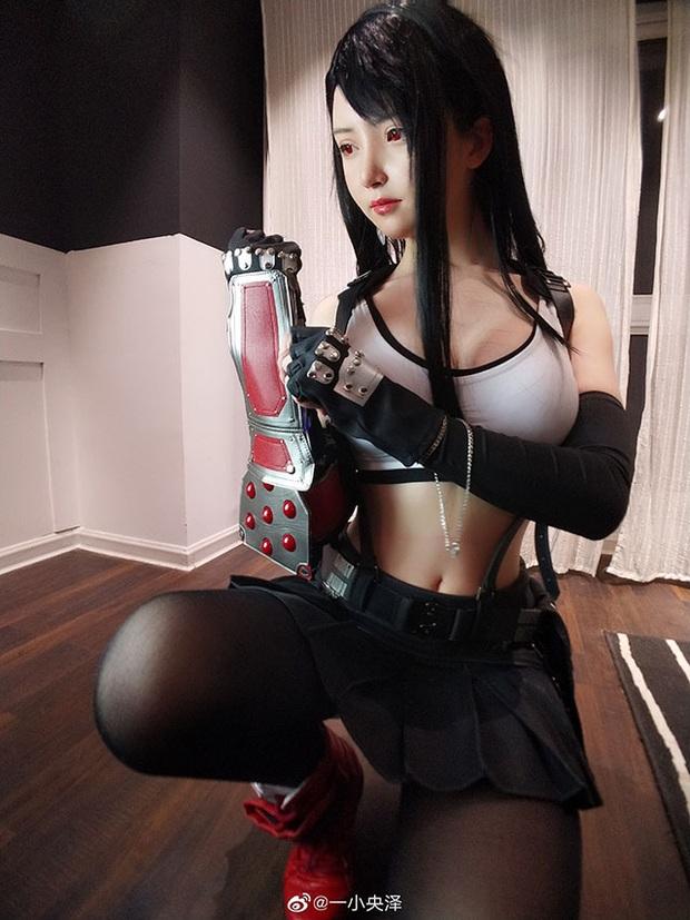 Nóng mắt với bộ ảnh cosplay Tifa ngực còn... to hơn bản gốc - Ảnh 6.