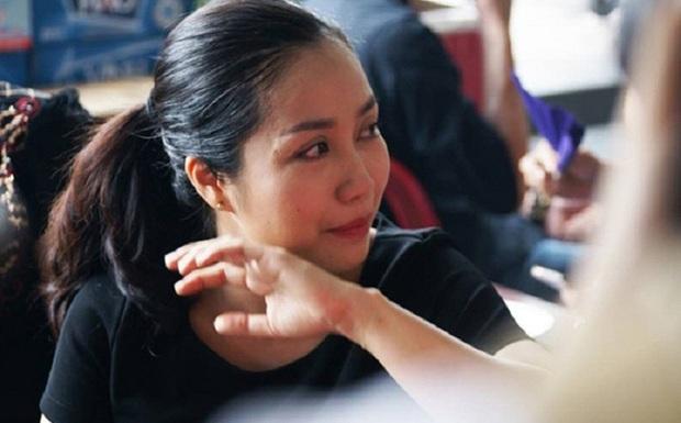 Ốc Thanh Vân xót xa, Lương Thuỳ Linh đến viếng và dành điều đặc biệt cho gia đình bé trai tử vong vì cây phượng bật gốc - Ảnh 5.