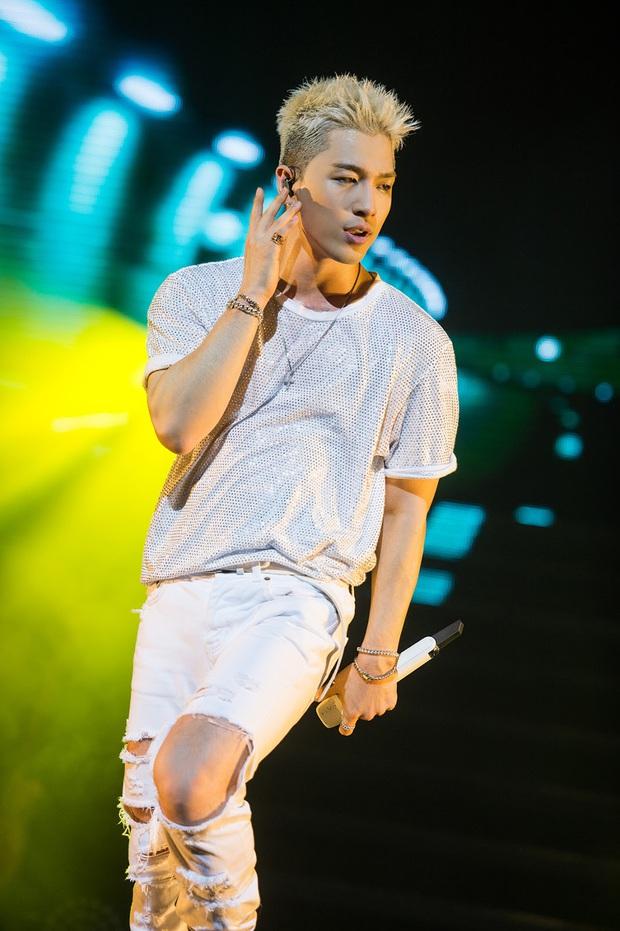 Dàn main dancer đỉnh cao của YG: Lisa làm lão sư, đàn chị nổi tiếng từ năm 15 tuổi, riêng Taeyang và thành viên WINNER giấu nghề - Ảnh 1.