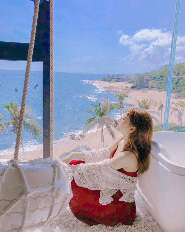 Khắp Việt Nam có những homestay chỉ cần mở cửa ra là thấy biển ngay trước mặt, xinh đến nỗi ai cũng ngỡ chỉ có trong phim - Ảnh 23.
