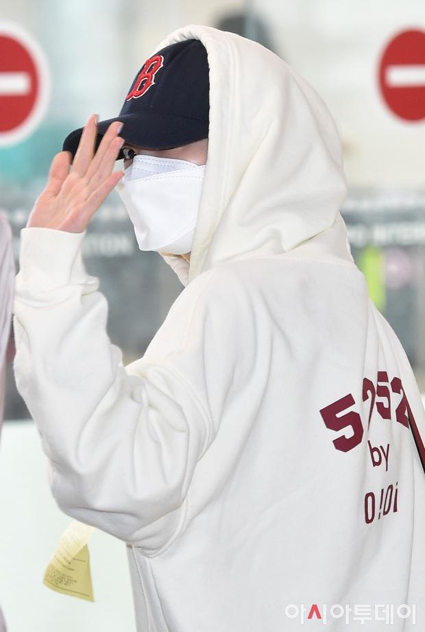 """TWICE """"hùng hổ"""" đến tận Jeju để quay MV comeback nhưng 2 teaser đều ghi hình trong… studio """"đóng hộp"""", như nào đây nhỉ? - Ảnh 4."""