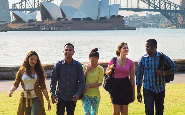 Các thành phố lớn kêu gọi Australia cho phép sinh viên quốc tế quay trở lại - Ảnh 1.