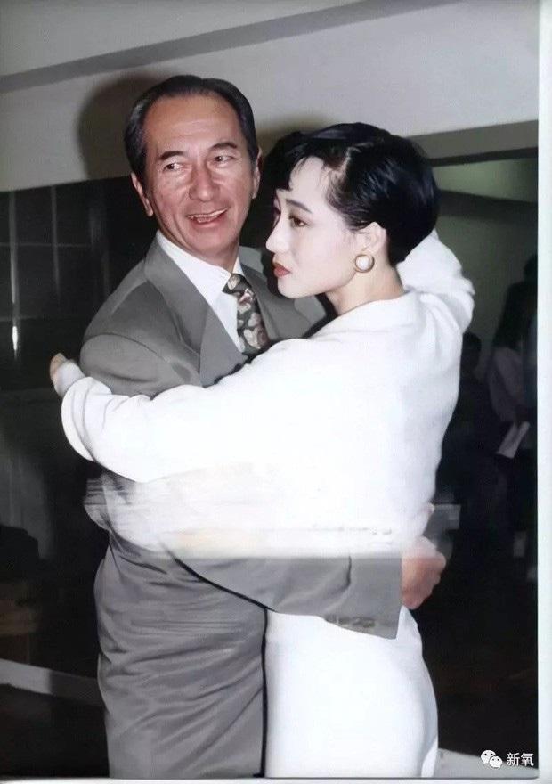 Mối tình giai thoại giữa vua sòng bài Macau và bà xã Lý Liên Kiệt - Ảnh 5.