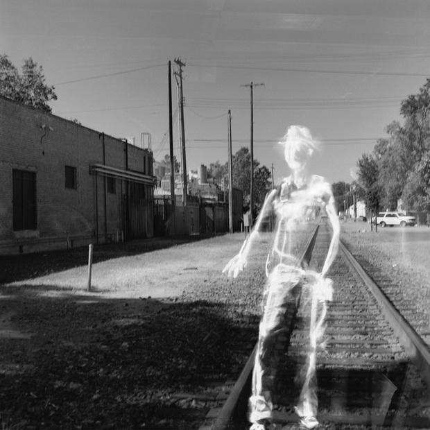 Cuộc sống qua lăng kính của vị nhiếp ảnh gia bị mù, làm tất cả mọi thứ chỉ bằng sự tưởng tượng của mình - Ảnh 10.